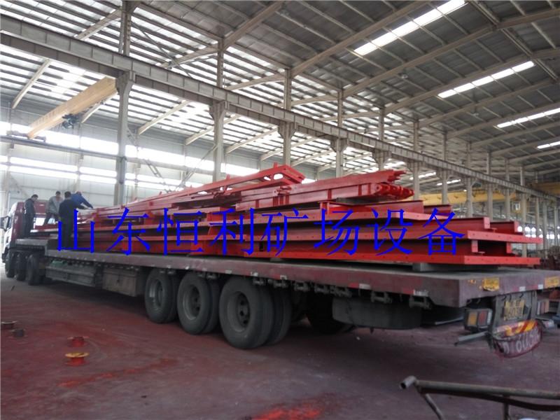山东路桥集团30M模板项目